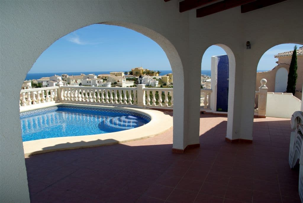 Villas for holiday rental at Cumbre del Sol
