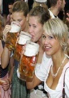 Llega la fiesta de la Cerveza un año más a Calpe- Oktoberfest Calpe 2016
