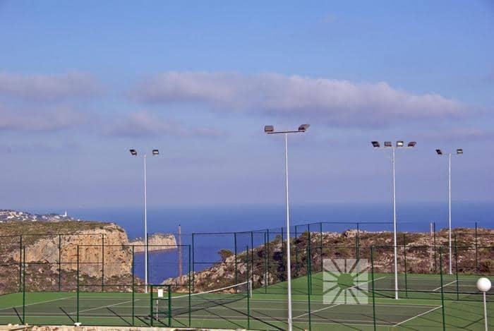 Ya puedes jugar al tenis y padel en Cumbre del Sol
