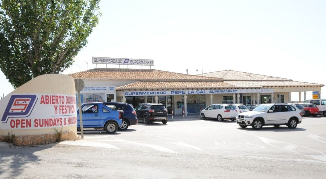 Feel at home when you shop at Pepe La Sal supermarket in Cumbre del Sol