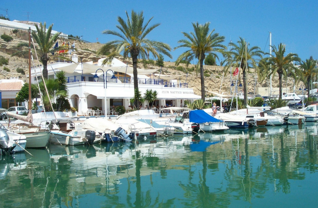 If you love the sea, visit Club Náutico Moraira