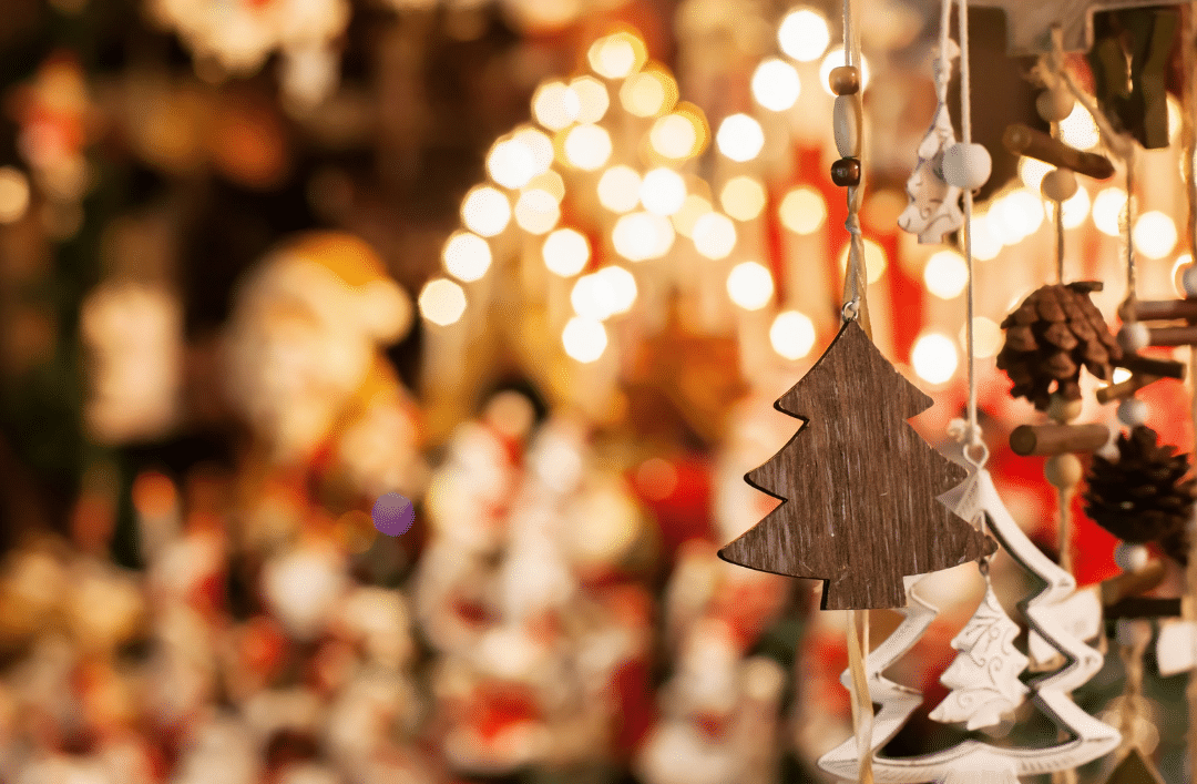 Explore the best Christmas markets close to Cumbre del Sol Residential Resort