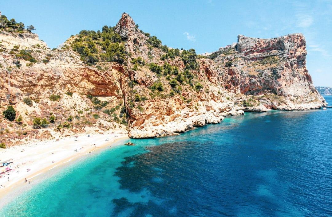 La Costa Blanca a plus de 84 Pavillons Bleus ! Découvrez les plages labellisées qui se trouvent près de Cumbre del Sol