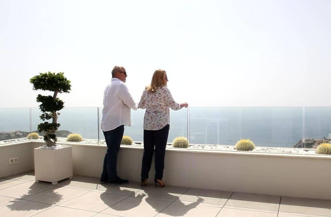 Onze eigenaren vertellen u hoe hun nieuwe leven in Cumbre del Sol bevalt