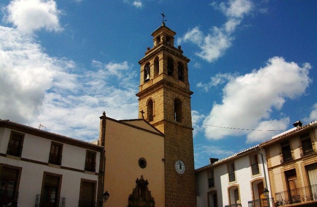 Drie plaatsen die u in de buurt van Cumbre del Sol kunt bezoeken (III): Gata de Gorgos, Teulada-Moraira en Villajoyosa
