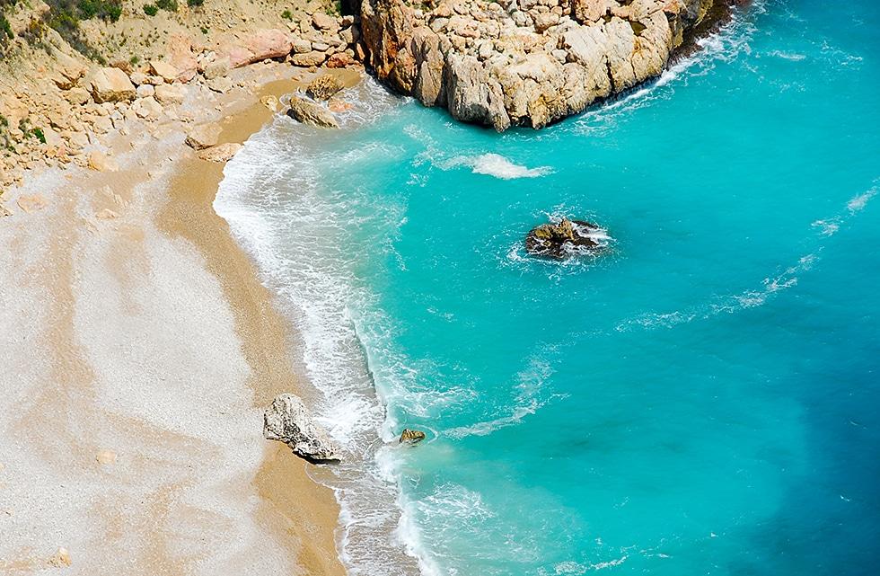 La Costa Blanca a deux pavillons bleus de plus que l'année dernière. Découvrez quelles sont les plus proches !